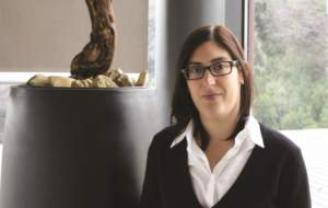L'assistente enologo di Ornellaia Olga Fusari